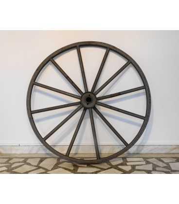Old iron wheel sandblasted 059